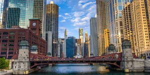 o-CHICAGO-RIVER-facebook