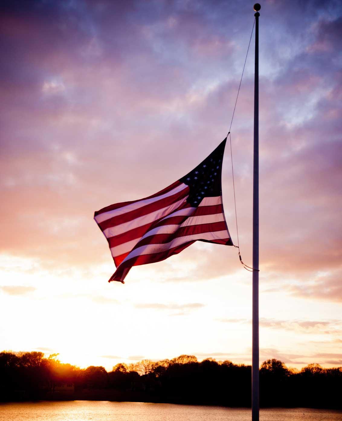 US-Flag-Half-Mast